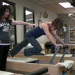 Plank technique on reformer