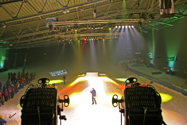 Maskot Modenschau Skihalle 074