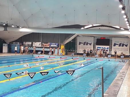 La piscina FIN D.Samuele rinnova l'illuminazione con fari PEGASO LED