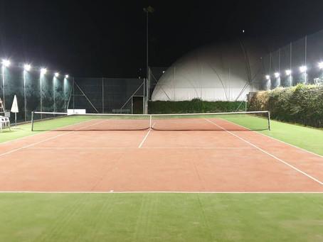 Cadro CH - la Scuola Tennis by Margaroli rinnova le luci del campo 8 con fari PEGASO LED