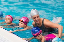 aula-de-natacao-e-hidroginastica-valor