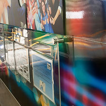 Mural interactivo con porta hojas