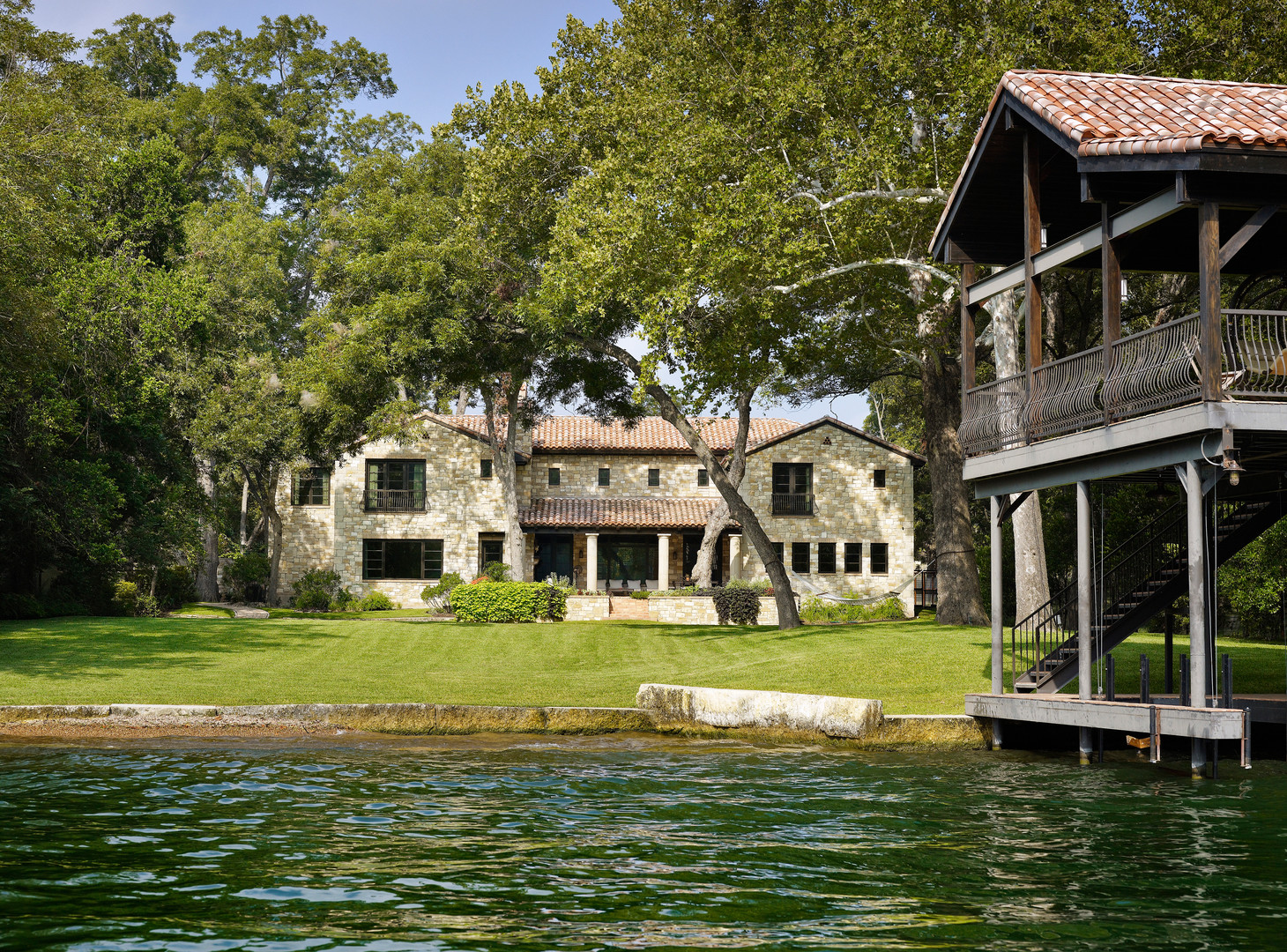 Bailey Residence on Lake Austin 0011.jpg