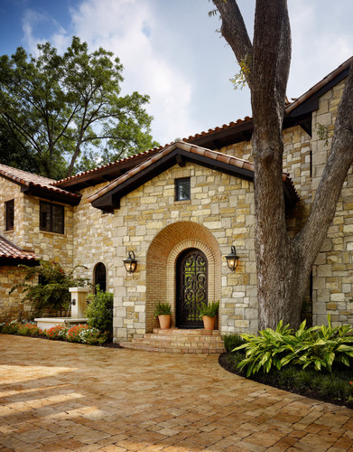 Bailey Residence on Lake Austin 003.jpg