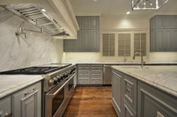 35 RES B - 008 - Kitchen