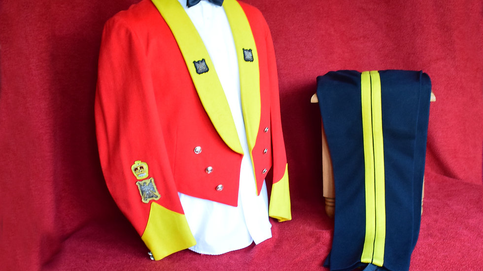 WO2 - Royal Scots Dragoon Guards Mess Dress.