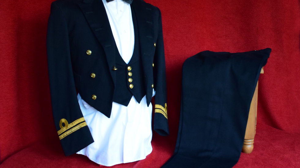Royal Navy Lieutenant - Mess Dress