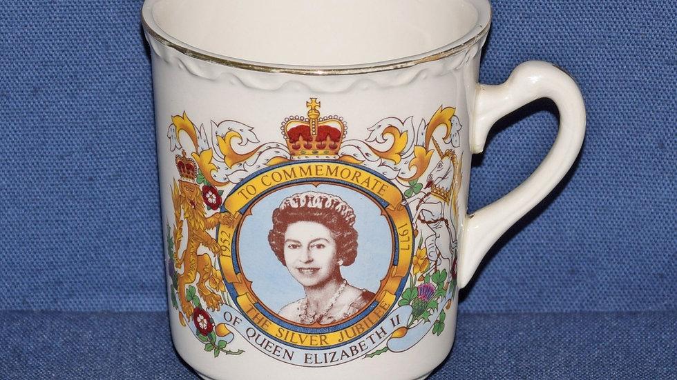 Elizabeth II Silver Jubilee Commemorative Cup