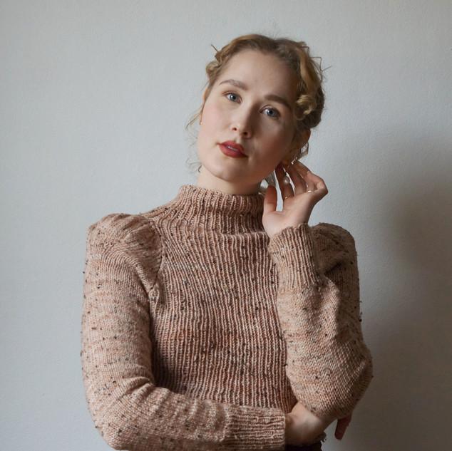 """Rowena Jumper knit in Geillis Tweed """"Petal"""""""