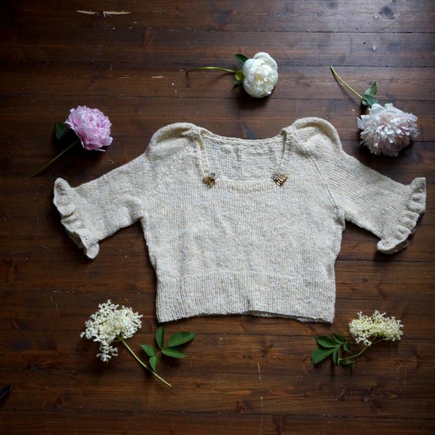 Eowyn knit in Pickles Merino Tweed