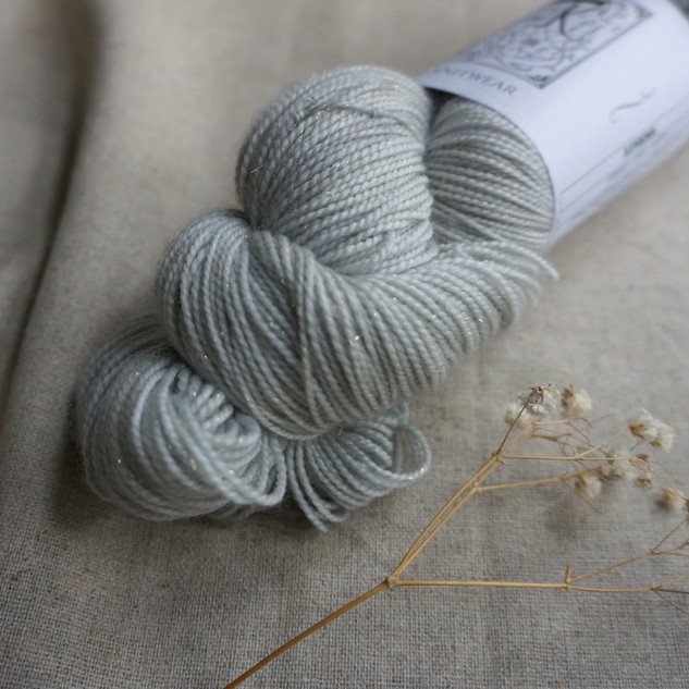 PEARLY GREY GHOST