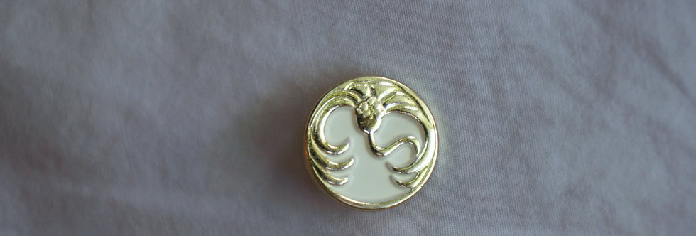 Nymphaea Button - Gold & Cream
