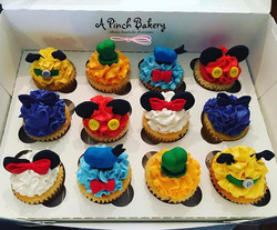 micky and co cupcakes