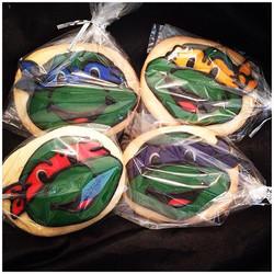 Turtle sugar cookies.jpg