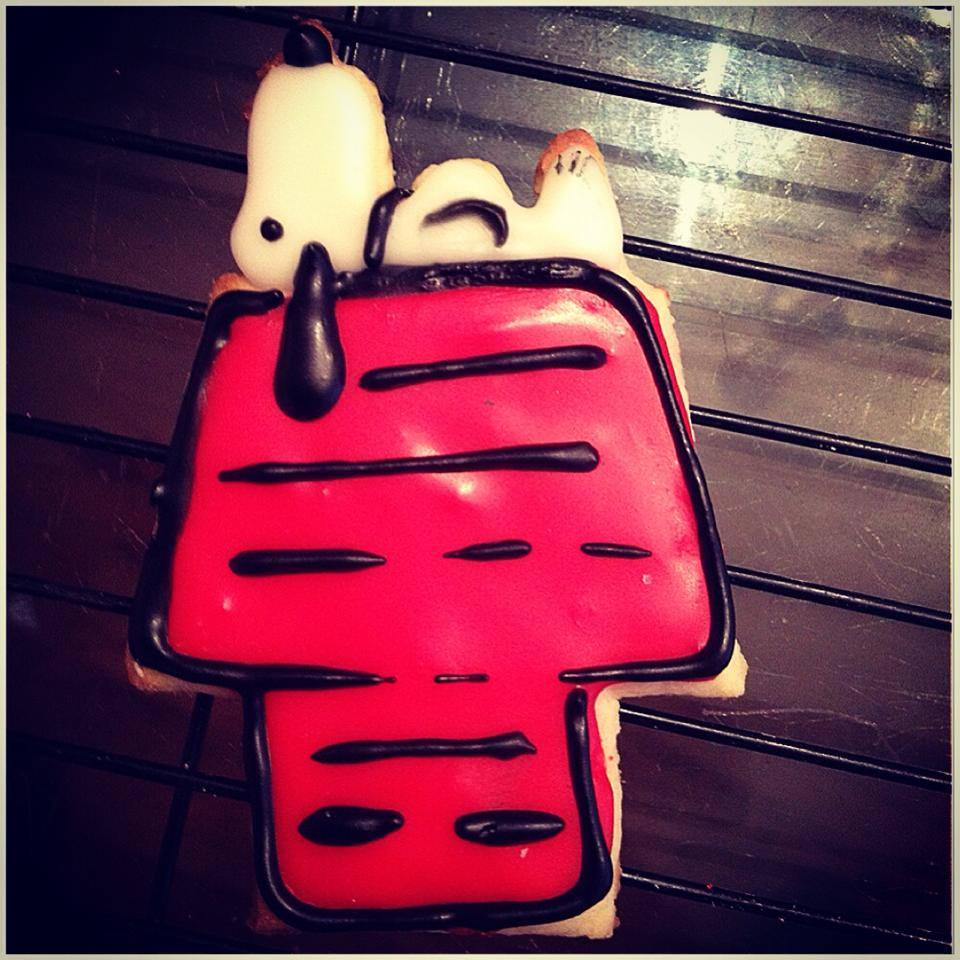 Snoopy Sugar cookies.jpg