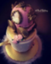 carriage cake.jpg