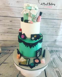 tiffany make up cake