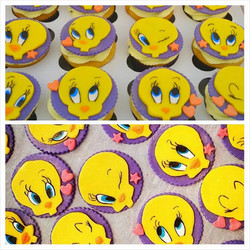 tweety bird cupcakes.jpg