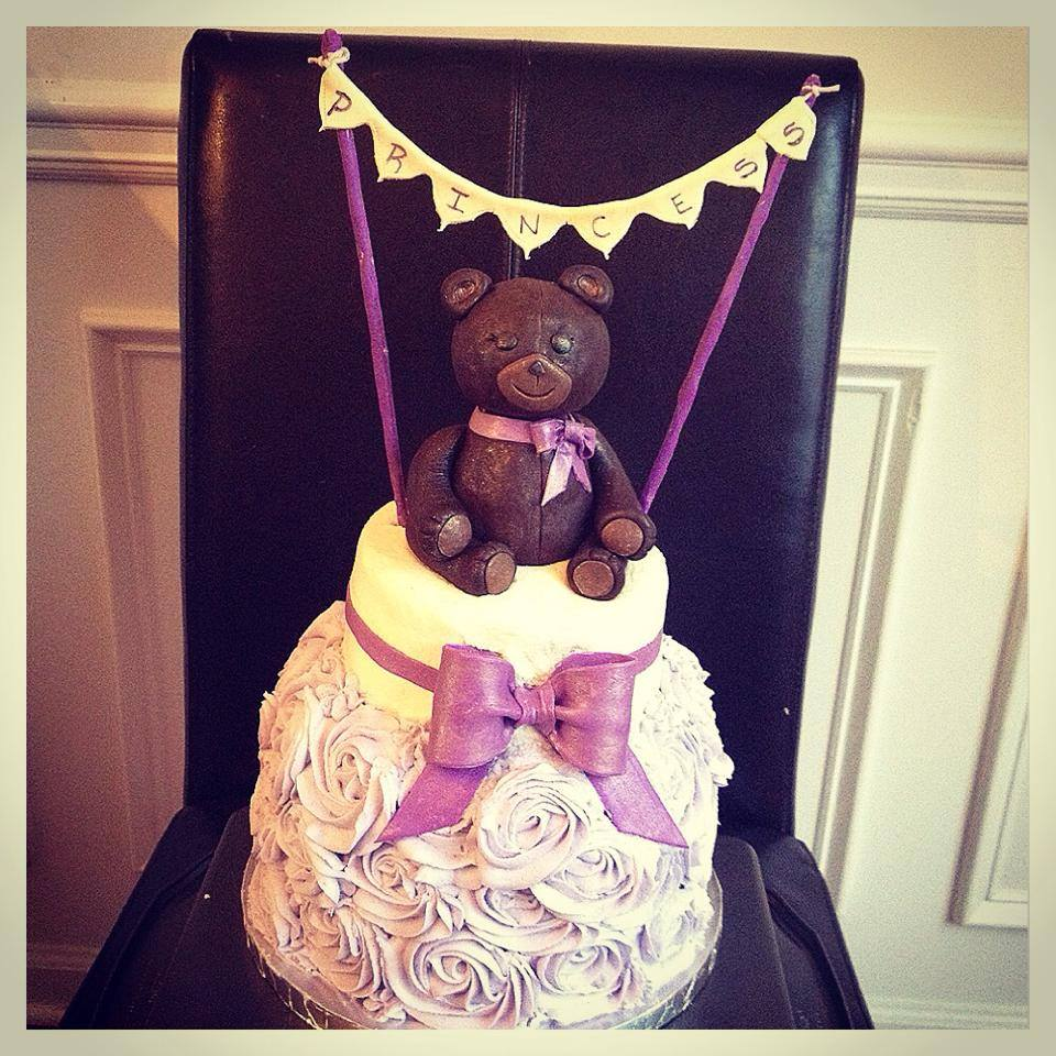 Teddy Bear Baby shower cake.jpg