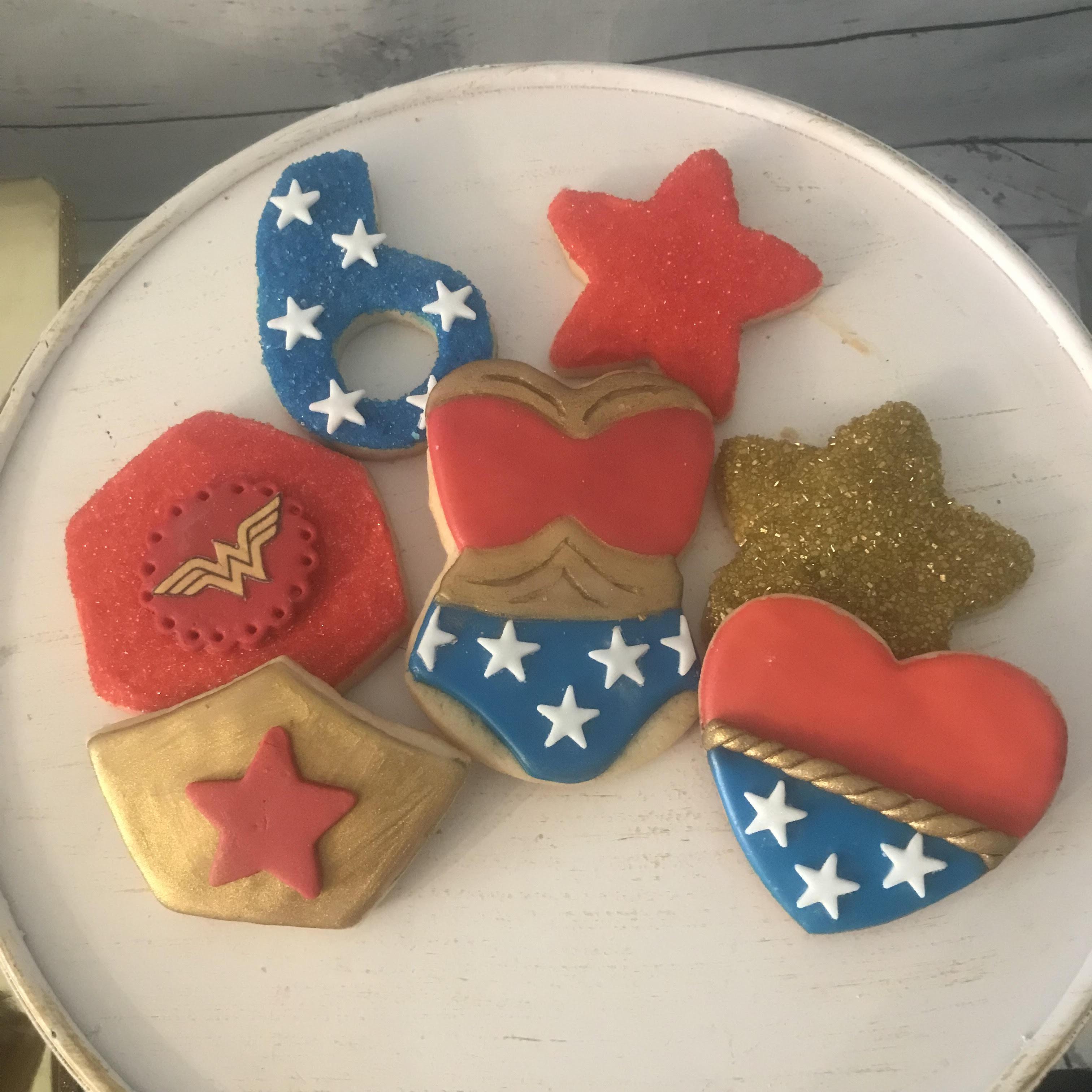 wonder woman sugar cookies