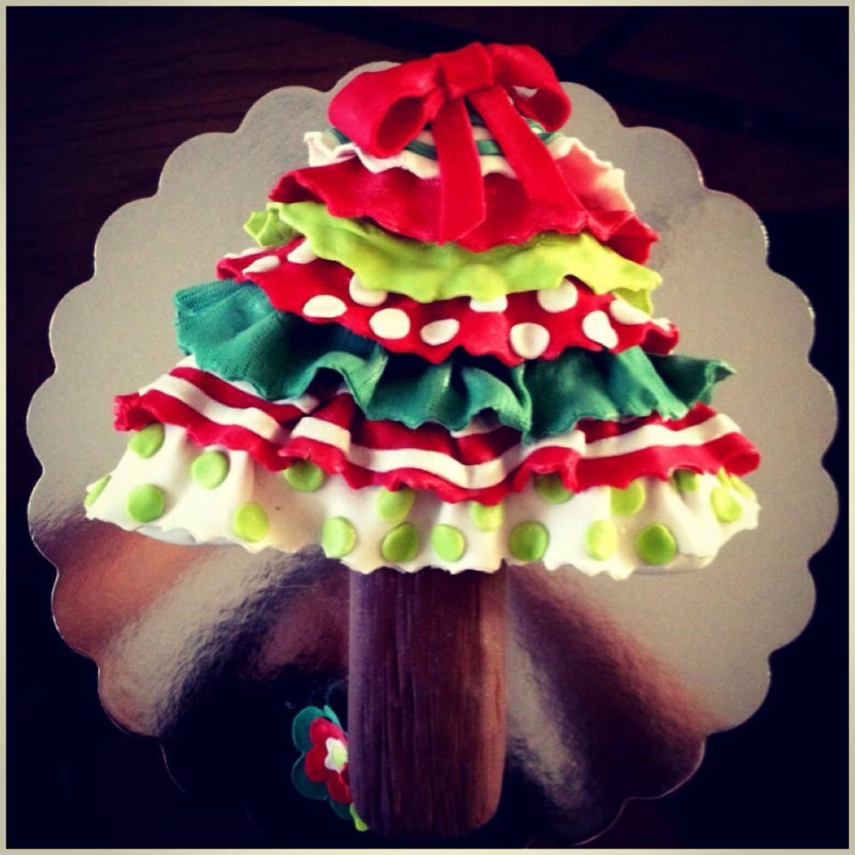 Christmas Tree cake.jpg