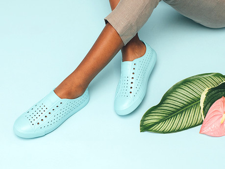 Bu ayakkabıyla, 80 litre suyu doğaya geri kazandırabilirsiniz.