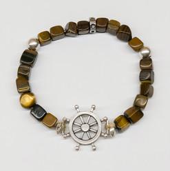 Yoga felsefesi ile doğal taşların enerjisini buluşturan özel bir markadır.G