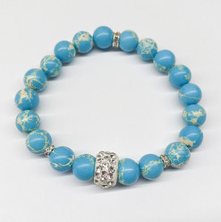 Yoga felsefesi ile doğal taşların enerjisini buluşturan özel bir markadır.