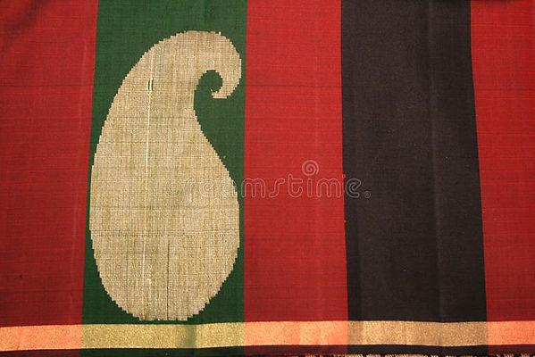 about stunning ethnic popular kanchipuram silk saree