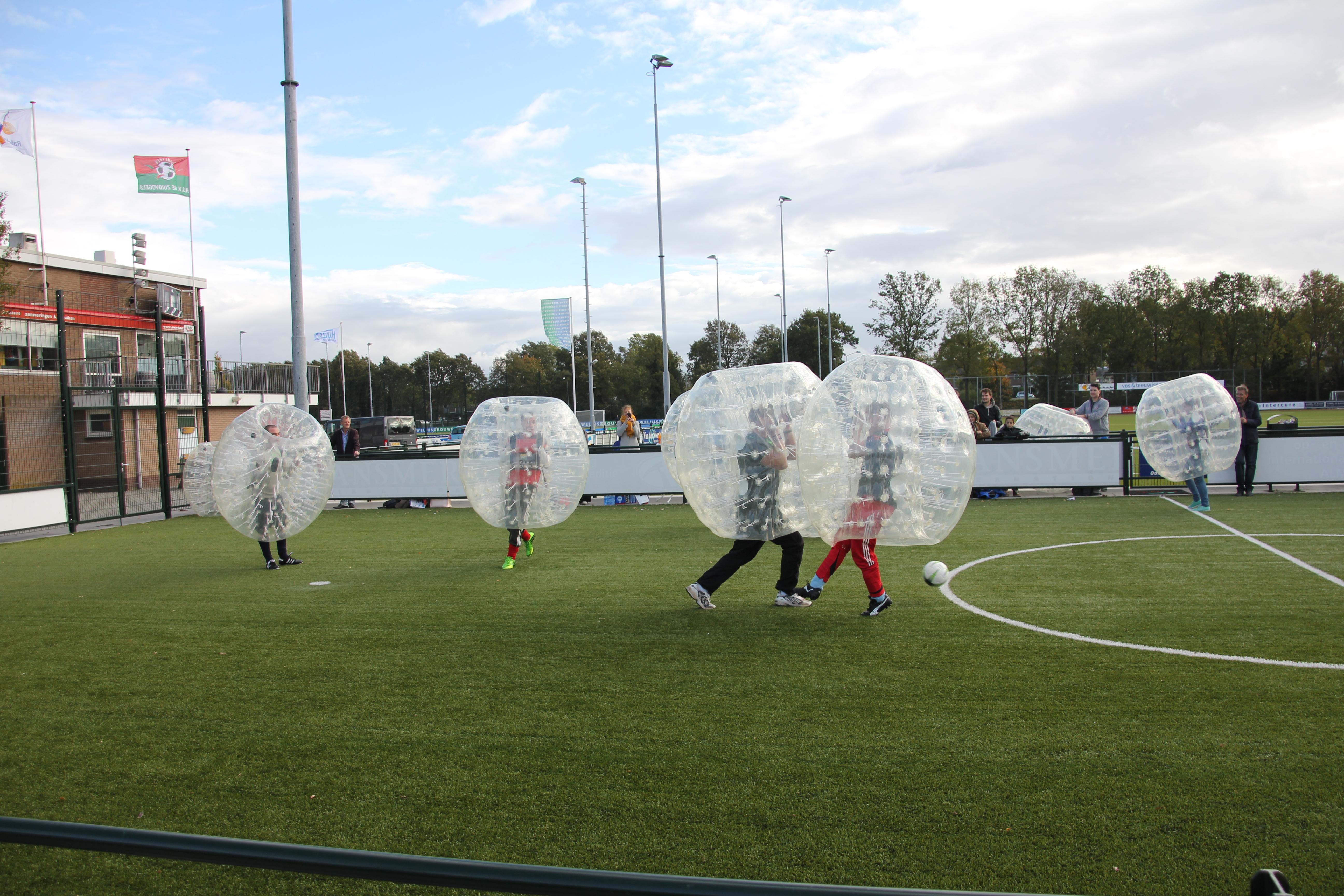 Bubbel voetbal (9).JPG
