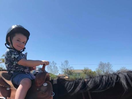 horse rides on the farm 3.jpg