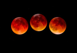 Blood Moon Lunar Eclipse Ritual