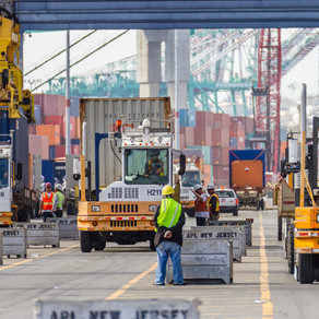 COVID outbreak could cripple California container ports