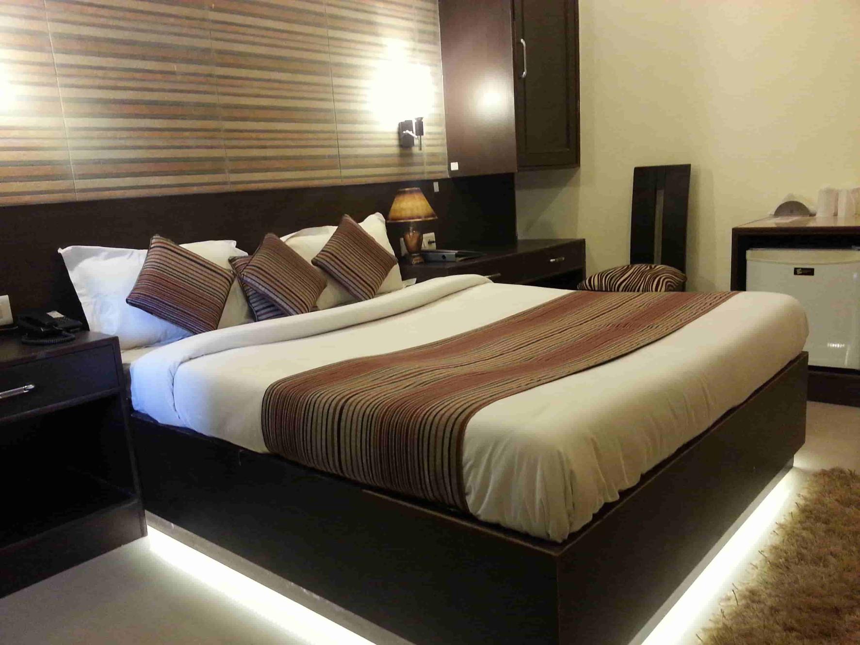 Hotels In Varanasi | सिगरा | Hotel Varuna