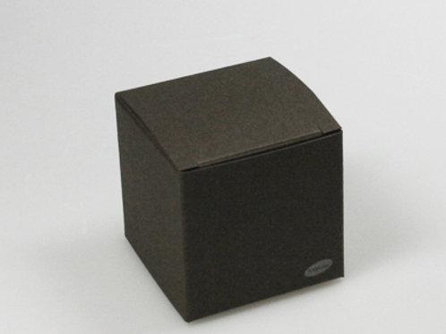 Donker bruin kubus