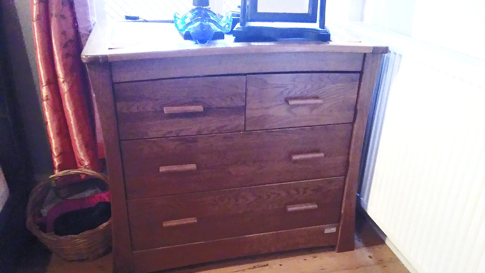 DRAWER DRESSER UNIT (2 x single drawers side-by-side & 2 double)