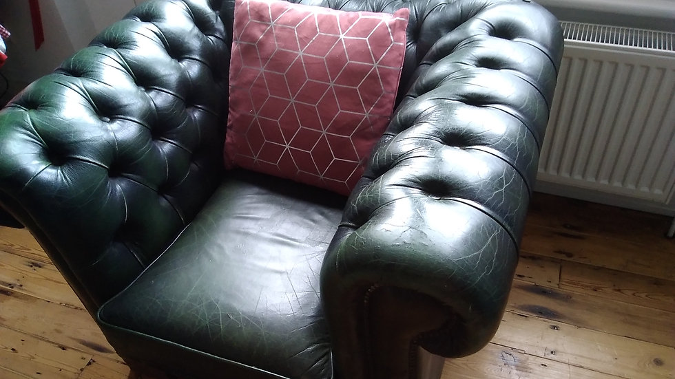 Queen Anne, Chesterfield, Vintage Armchair.  Real Leather.  Dark Racing Green.