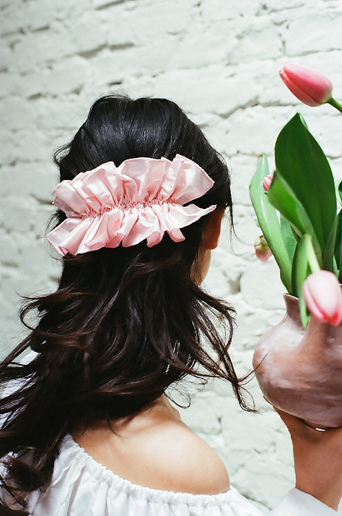 Silk Ruffle Hairclip Rose