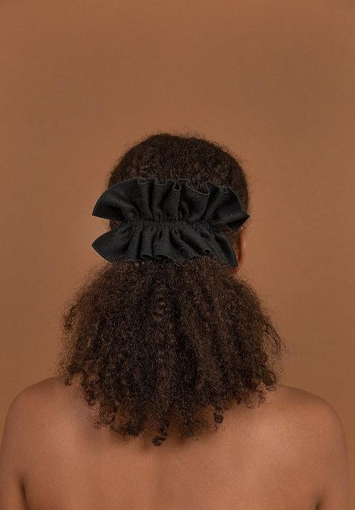 Wool Ruffle Hairclip Black