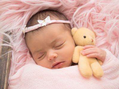 Ensaio Newborn Isa - 15 dias