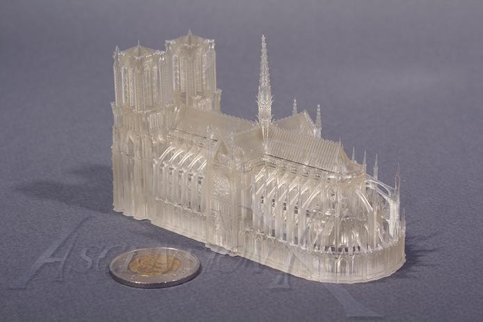 Cathédrale Notre-Dame-de-Paris (résine)