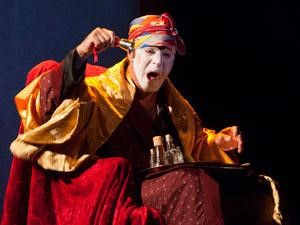"""Jean Charles Fonti dans Argan """"Le Malade Imaginaire"""" - Mise en scènede RenéMigliaccio...Compagnie de la Lettre 5 - Cabaret Lion d'Or - 2012"""