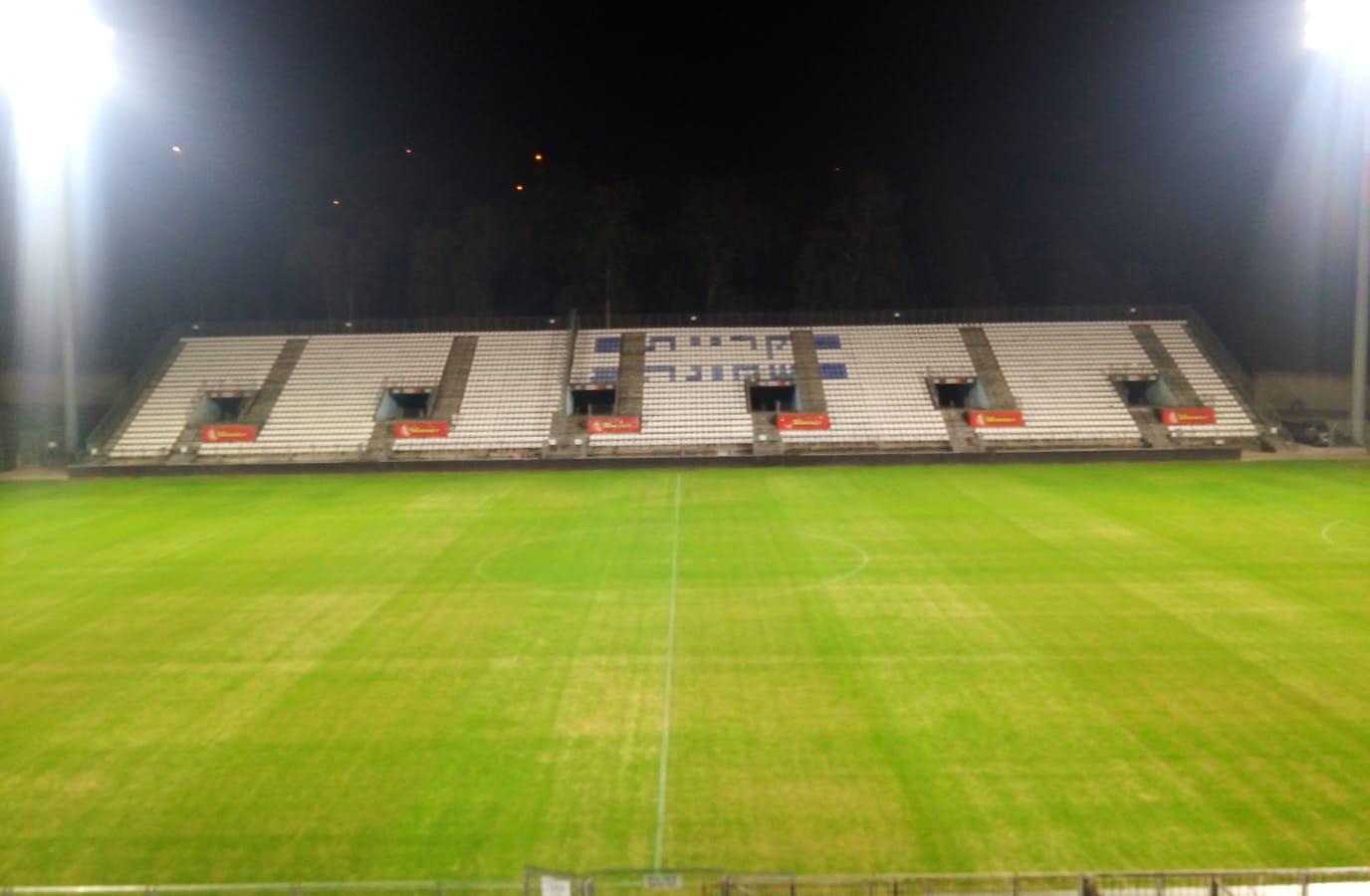 מבט על האצטדיון מעמדת הטלויזיה