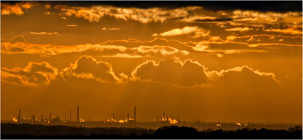 Solar versus Oil.jpg