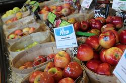 Produce_applebaskets_IMG_4192