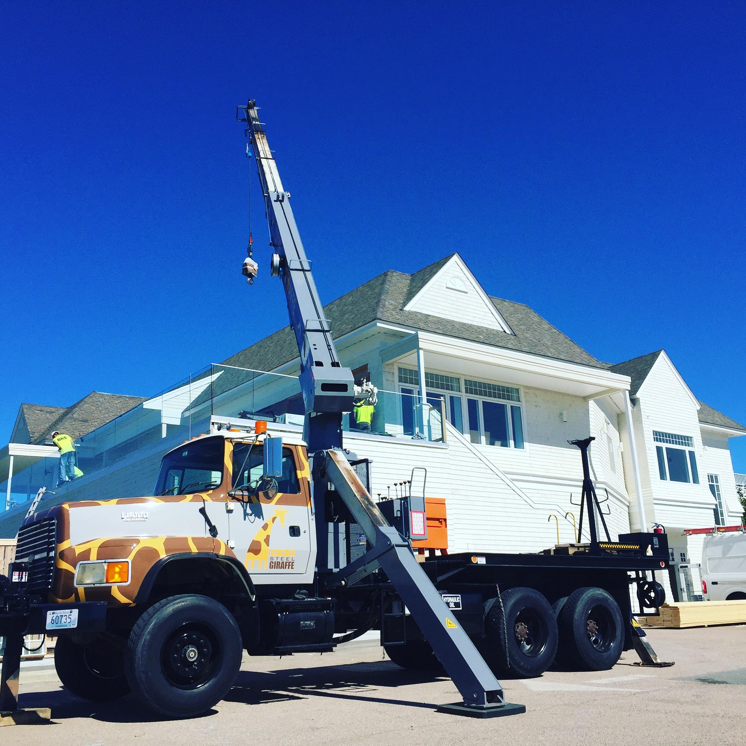 Boom truck lifting