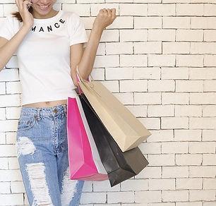 Shopping P people-2581913_960_720[1].jpg