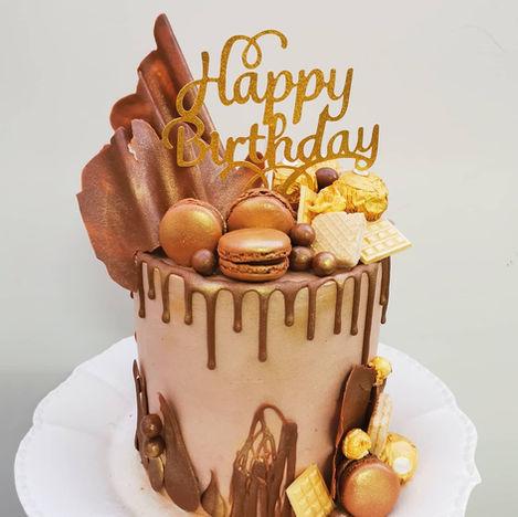 DRIP CAKE CHOCOLATE
