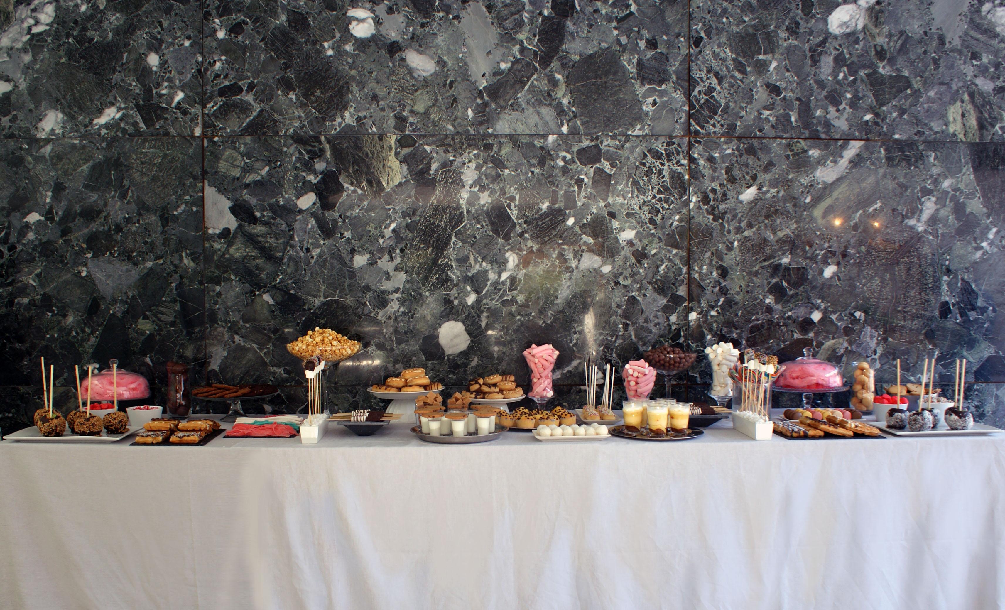 Mesa dulce entera Mies2.jpg