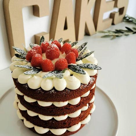 RED VELVET NAKED CAKE